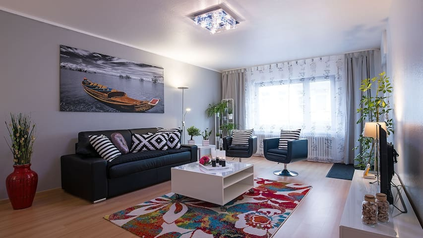 TOP outfitted. Apartment 83 sqm in WHV, Wlan, elev - Wilhelmshaven - Leilighet