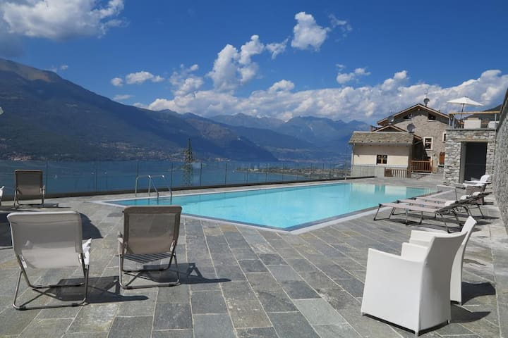 Luxury Pool Loft with lake view and parking space - Bellano - Pis