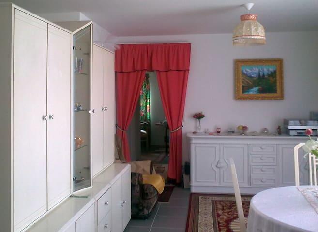 Отдельная комната - Mortsel - Apartament