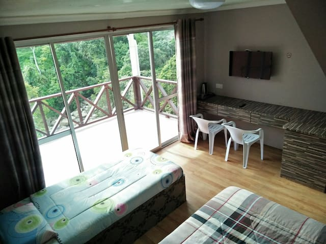 Cozy room up to 6 person - Kundasang - その他