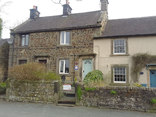 Ruby Cottage, Longnor, nr Buxton. Peak District - Longnor - Hus