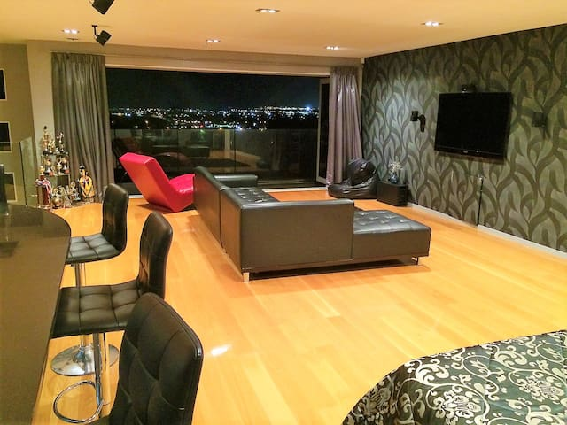 Luxurious Studio Apartment - Close to the Airport - Auckland - Huoneisto