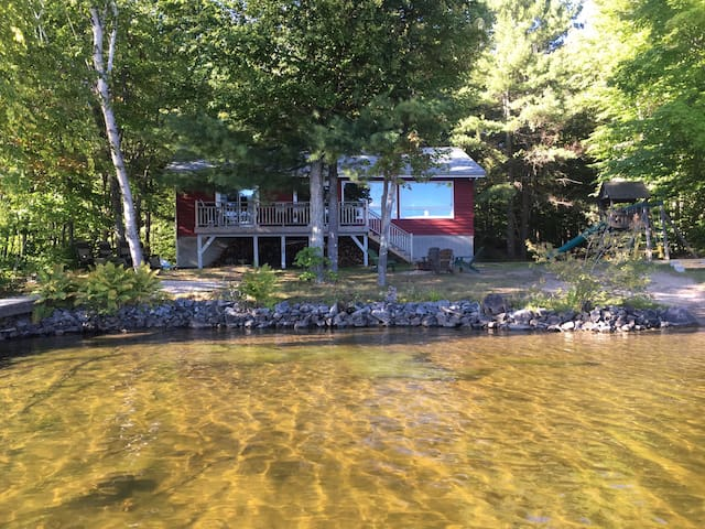 Lake Muskoka Escape - Bala - Hus