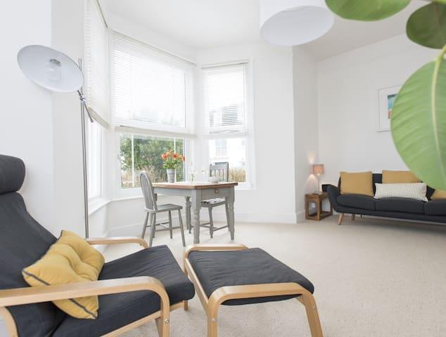 Victorian Apartment with Sea Views - 法爾茅斯(Falmouth)