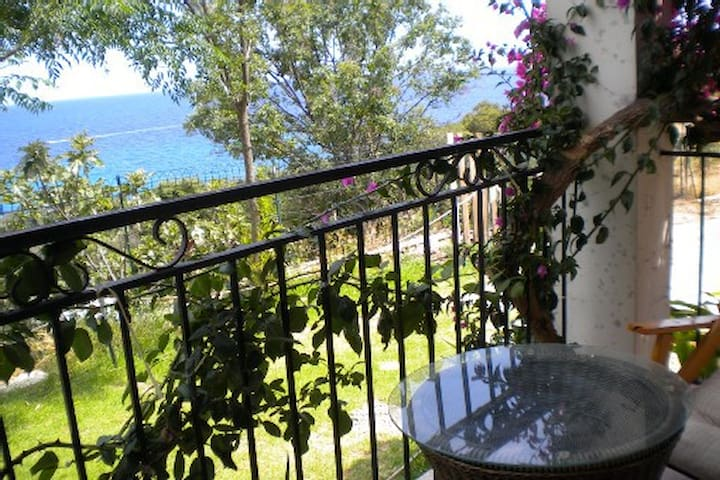 Maison de vacances vue mer, 6 personnes - Sari-Solenzara - Rumah