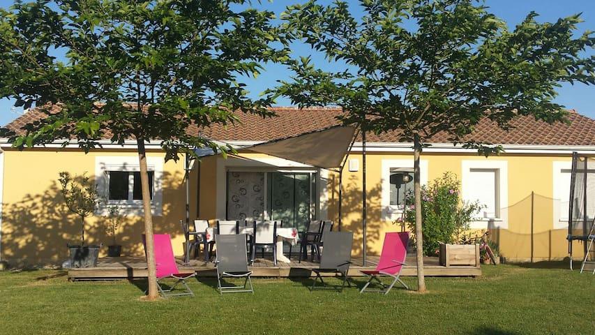 Maison entre Bordeaux et St Emilion. - Baron - Hus
