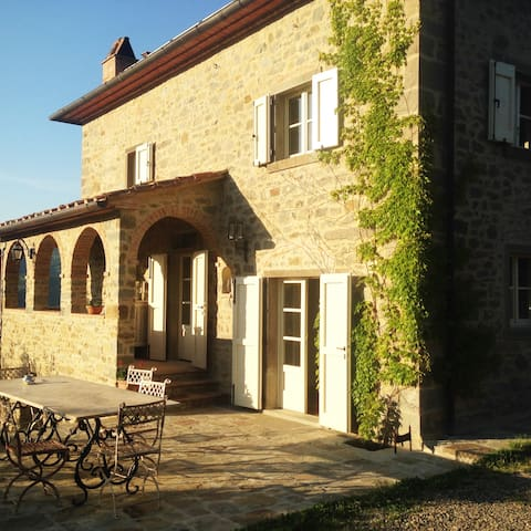 wunderbares Landhaus in Alleinlage mit Pool - Province of Arezzo