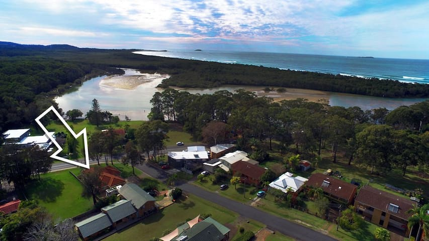 A Moonee Beach Escape - Moonee Beach - Hus