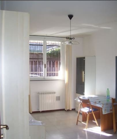 Appartamento prossimità centro e laghi - 1 bedroom - Varese - Leilighet
