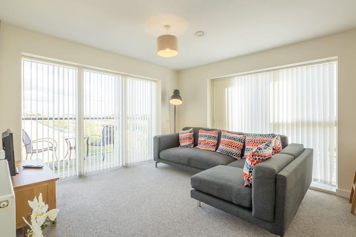 Beautiful, Modern, Newly Built Apartment - Cambridge - Apartamento