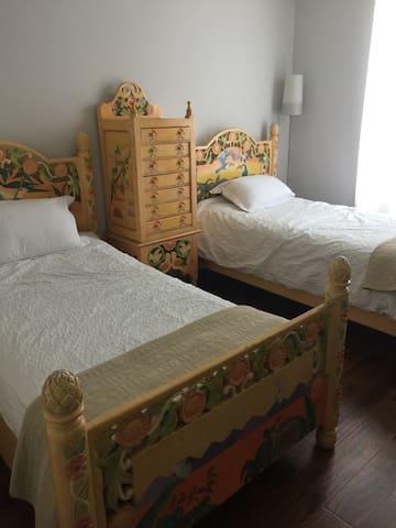Private comfortable beautiful room - Mission Viejo