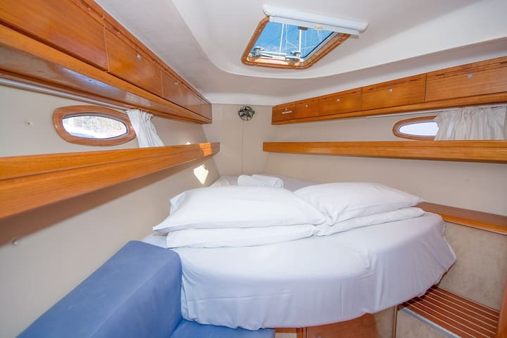 Houseboat Thessaloniki - Kalamaria