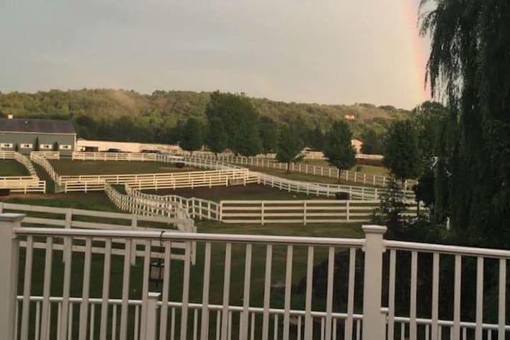 Horse Ranch Near Mountain Creek Ski Resort - Lafayette Township - Huis