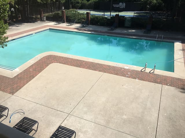 Charming room outside Downtown ATL - Austell - Appartement