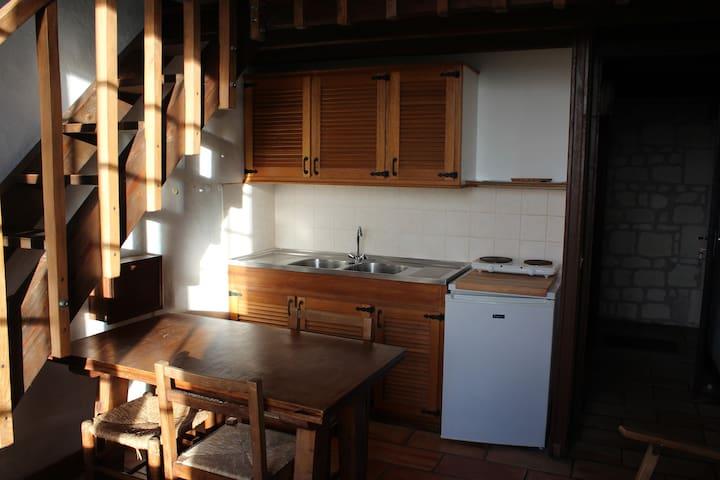 Joli studio dans propriété de charme - Loudun - Departamento