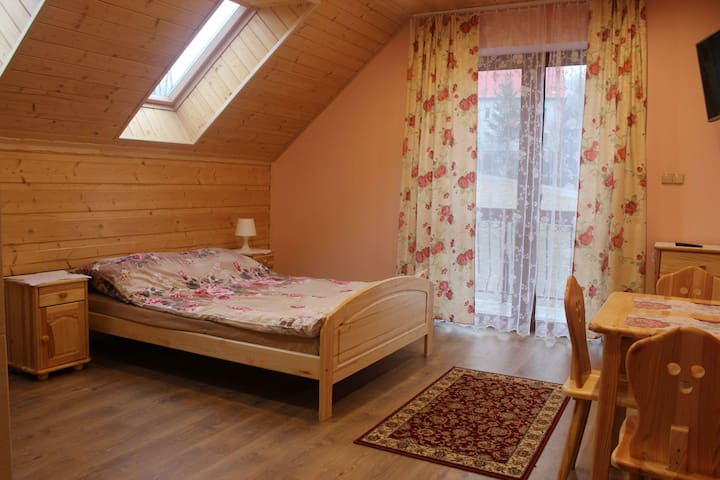 warm violet room - Jasienica - Loft