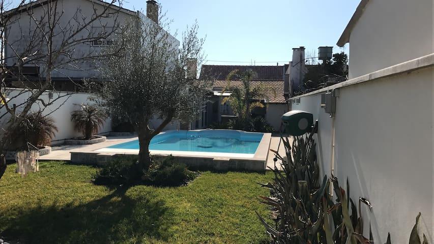plage piscine et soleil - Carreira