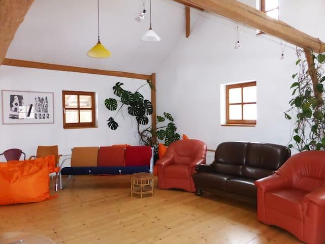idyllischer Vierseithof - Kröning - Casa