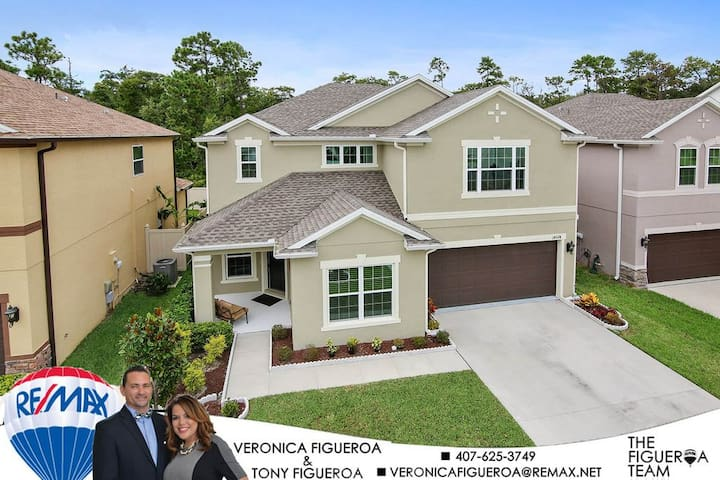 Beautiful, Cozy home with private bedroom near UCF - Orlando - Hus