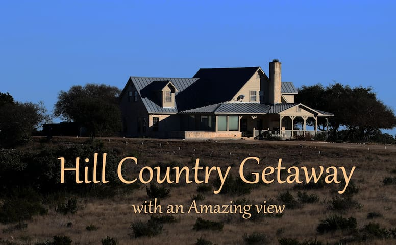 Hill Country Getaway - Mountain Home