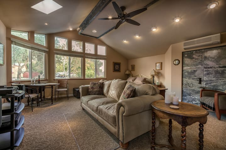 Spacious Great Room With Private Entry and Bath - Paso Robles - Ház
