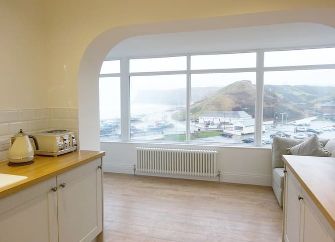 Burnsyde Beach House - Luxury Holiday Home - Saltburn-by-the-Sea - Domek parterowy