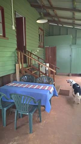 Topaz Tops - Topaz - Cabaña