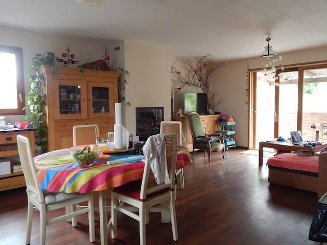 une chambre à l'ostal del hòrt - Olargues - Haus