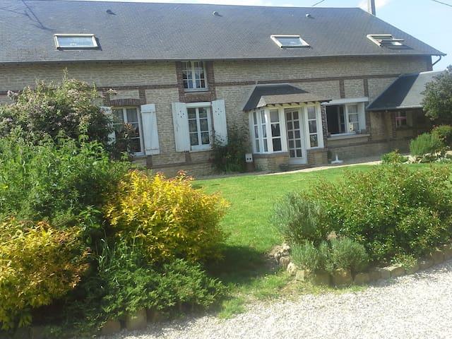 Chambre dans Propriété Equestre - Boisset-les-Prévanches - Haus