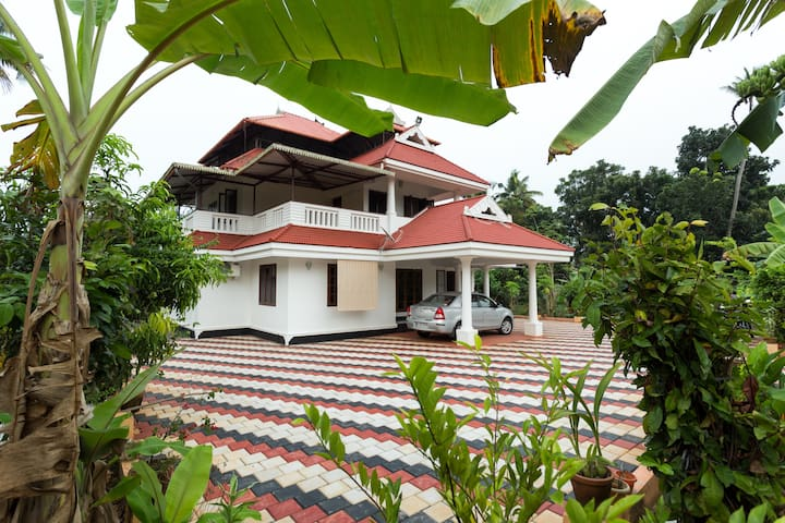 Spacious accommodation in rural Cochin. - Ernakulam - House