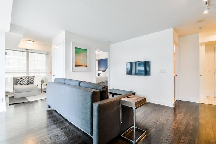 Luxury Suite with 600 Sq.Ft Private Terrace - Toronto - Wohnung