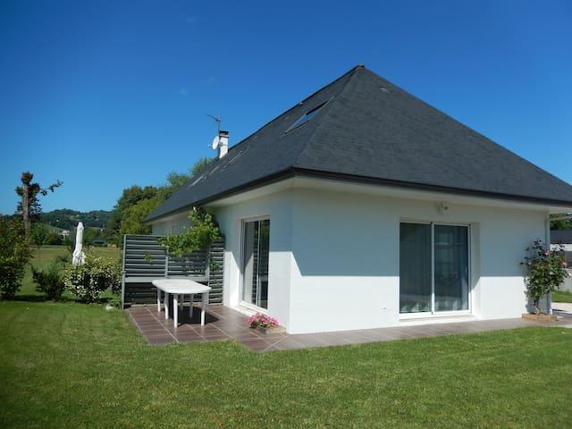 Gîte 2 chambres au pied des Pyrénées - Nay - Ev