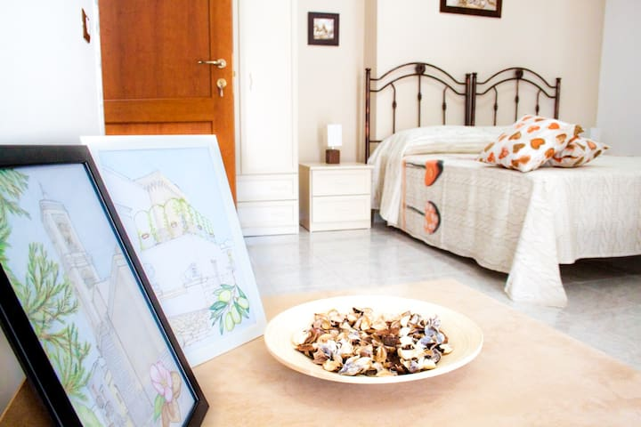 A Casa di Amici - Toritto - Bed & Breakfast