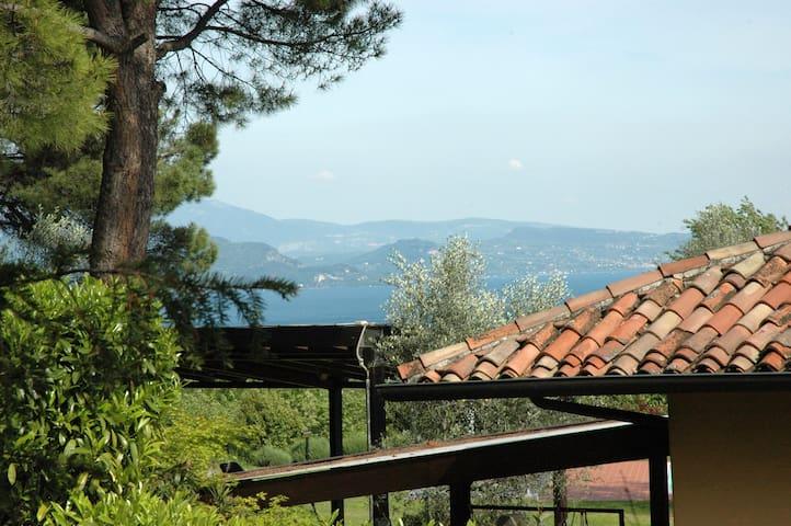 Home of olive groves on Garda Lake - Puegnago sul Garda