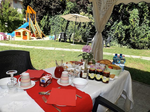 Bed & Breakfast Tiffany - Domodossola - Penzion (B&B)