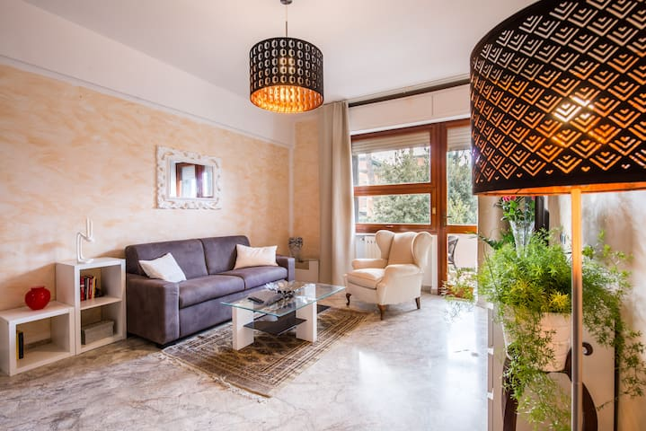 LIGHTY & COMFORT Apartment in Florence - Floransa - Daire