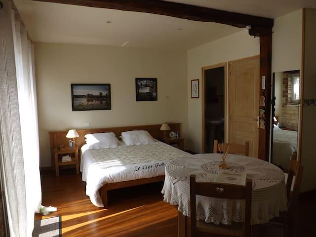 Chambre La Champenoise - Montigny-les-Monts - Bed & Breakfast