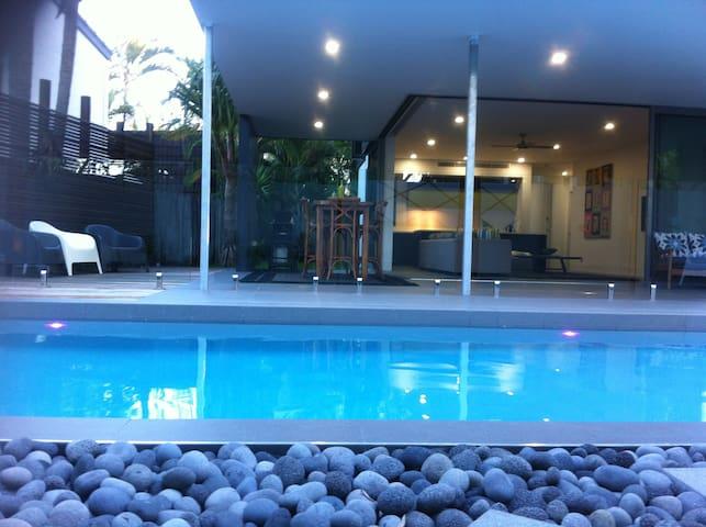 Noosa Sound Villa - Spacious 2br + Pool - Noosa Heads - Apartemen