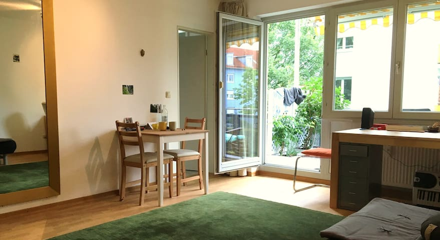 40m2 Appartement, 8min to S-Bahn - Poing - Apartamento