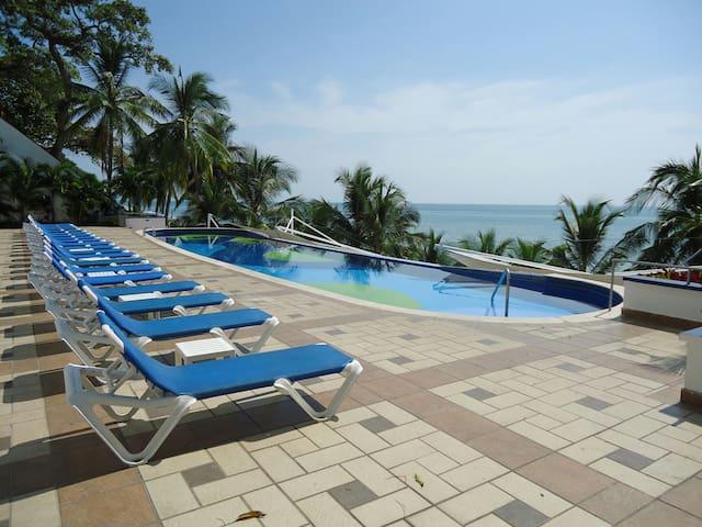 APARTAMENTO EN CORONADO JUNTO AL MAR - Playa Coronado - Appartement