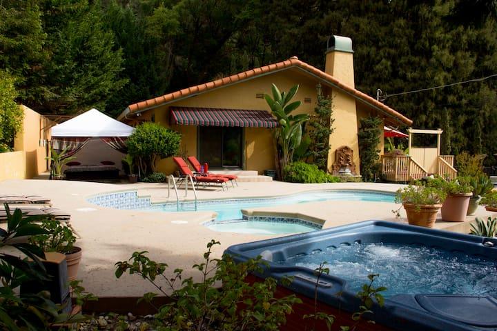 Romantic Villa Soquel Santa Cruz CA - ソーケル - 別荘
