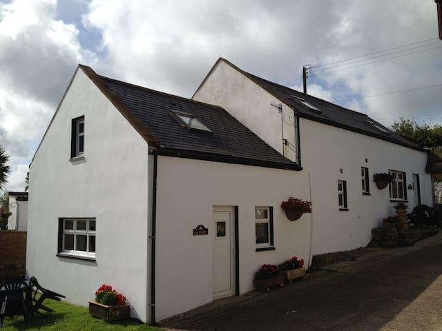Hayloft,Spoutwells Holiday Cottages - Stranraer