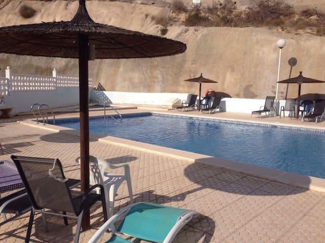Excellent location 2 Bed Golf Course View - Ciudad Quesada - Rumah