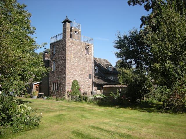 Landelijk vakantiehuis in kasteelsfeer - Panningen