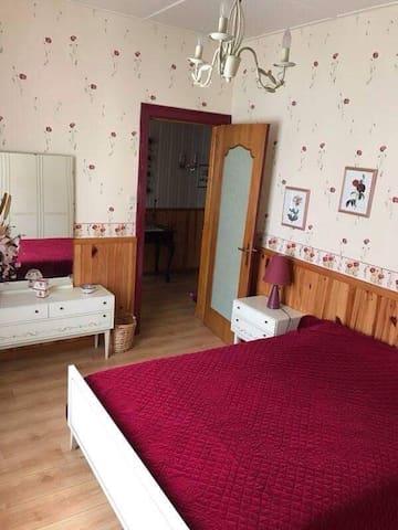 Chambre privée (restauration  possible) - Cauchy-à-la-Tour - Casa