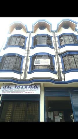 JL Mitra Residential & Building - Kawit  Cavite - Lägenhet