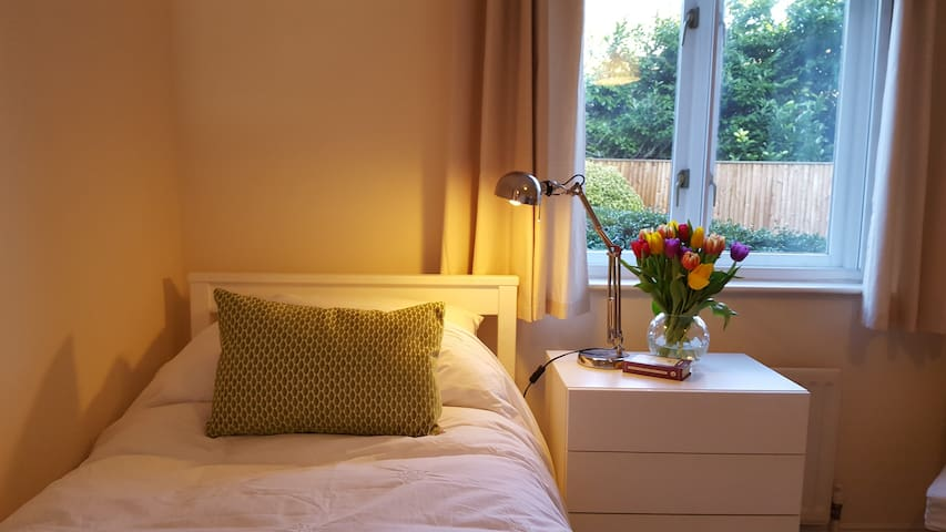 Perfectly Placed Smart Room - Berkhamsted - 公寓