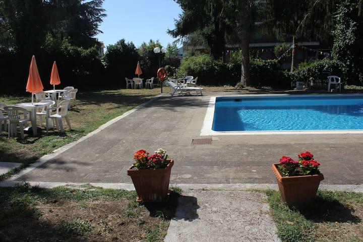 Appartamento in Residence con parco e piscina - Fiuggi - Feriehjem