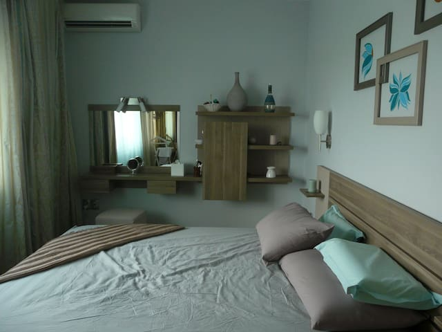 quiet two roomed apartment - Boekarest - Appartement