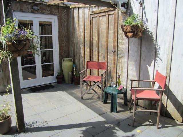 Calendula Cottage - Glenbrook - Appartement